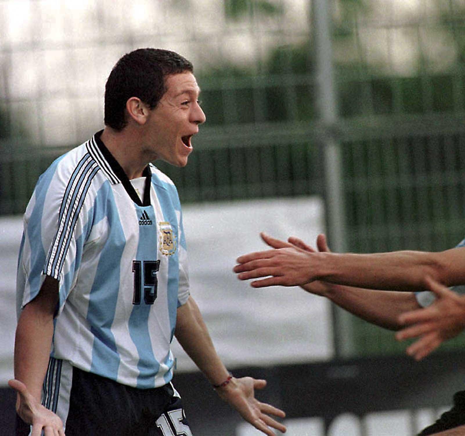 Luciano Galetti, festeja el gol del triunfo de la Selección Argentina frente a XXX en el Mundial Sub XXX el 21 de mayo de 1998. Lorgues, Francia.